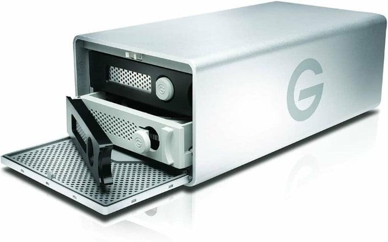 G-Technology-8TB-G-RAID-con-Thunderbolt-3-USB-C-USB-3.1-Gen-2-y-HDMI-sistema-de-almacenamiento-de-doble-unidad-extraible-plateado-0G05748-1-min