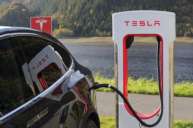 Coche eléctrico Tesla