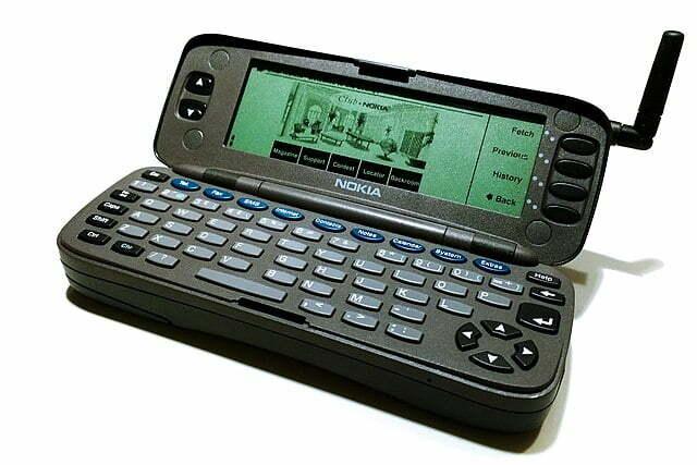 Nokia 9000 Communicator todo un avance en su tiempo en la historia de los Teléfonos Inteligentes