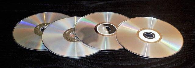CD-ROM otra insignia de los principales periféricos informáticos