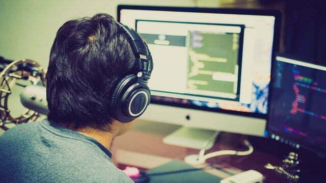 Entre los Lenguajes de programación más usados Java tiene un propósito más general