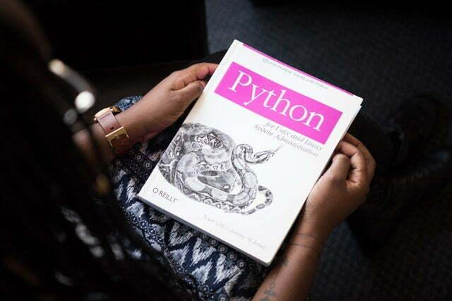 Python es uno de los lenguajes de programación más utilizado actualmente