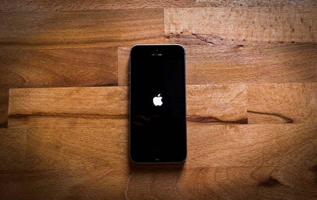 ¿Cómo abrir y ver archivo en smartphones iPhone?